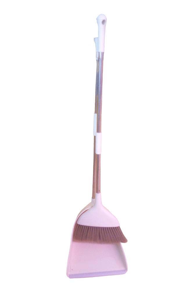 Broom & Packer