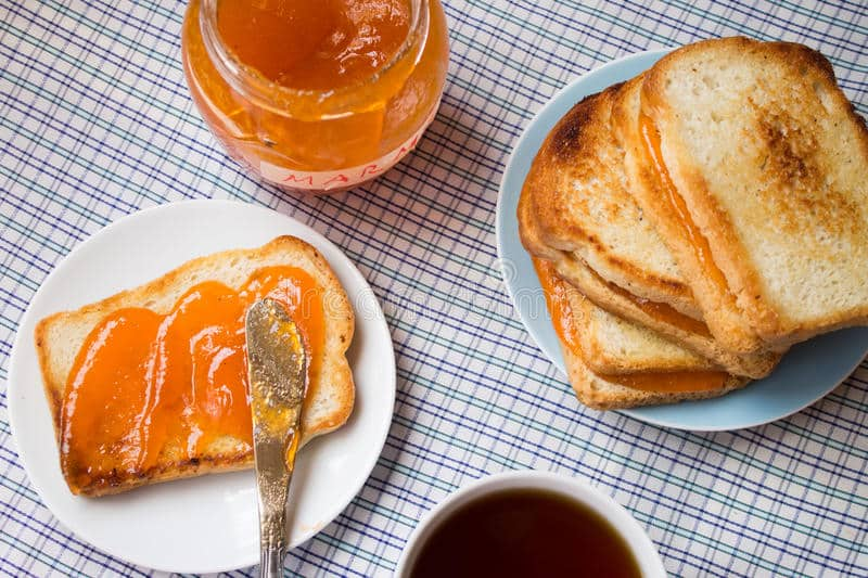 Fresh or toast with Marmalade